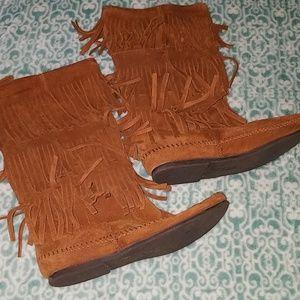 Minatoka brown suede boots, size 8
